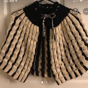 Vintage cape capelet shoulder cape